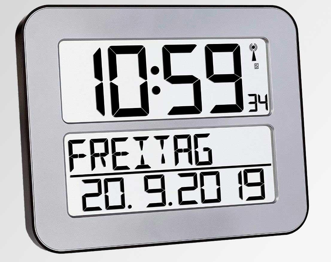 Senioren Geschenke - TFA Dostmann TimeLine Max Funkuhr